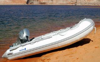 newport-vessels-boat-4